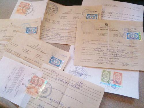 Falsário que vendia certidões de nascimento cubanas pega 33 meses de prisão