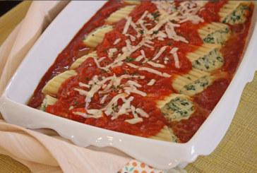 Manicotti com queijo e espinafre