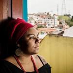 """Uma professora na terceira série me chamava de 'neguinha fedida' e dizia que, apesar de eu ser negra, eu era inteligente"""", relatou Jaqueline Conceição da Silva"""