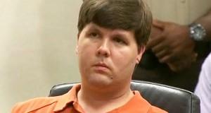 Justin Ross Harris, de 33 anos, é acusado pela promotoria pública de deixar propositalmente o filho de 22 meses (detalhe) no interior de seu SUV durante mais de 7 horas