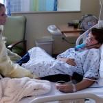 No hospital infantil no Colorado em Denver, as autoridades informaram que entre 18 de agosto e 24 de setembro, os médicos viram mais de 900 crianças com sintomas de infecção respiratória nas salas de emergência