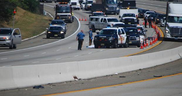 O acidente provocou um engarrafamento na movimentada rodovia (Rota 287) ao longo de várias milhas