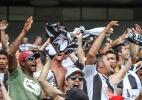 Atleticanos comemoram gol contra o Cruzeiro no Mineirão