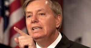 """""""Se eu conseguir chegar à presidência, os homens brancos dos clubes privados masculinos estarão muito bem na minha administração"""", disse Lindsey Graham"""