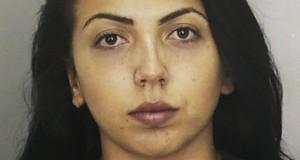 Condenada a oito anos de reclusão por tráfico de entorpecentes, a gaúcha Luana R. Santos está detida na penitenciária de Ocala (FL)