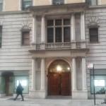 A Saphira & Ventura Gallery fica localizada em 4W 43rd St., suite 405, em Manhattan (NY)