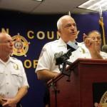 O Xerife Michael Saudino alertou aos residentes para denunciarem às autoridades se forem pressionados a dar informações pessoais quando receberem ligações de estranhos