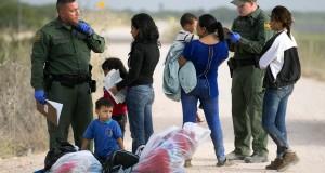 A mudança de data das audiências dos casos foi o resultado claro de uma decisão tomada no verão pela administração Obama de priorizar os casos das crianças desacompanhadas, famílias e outros casos urgentes