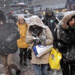 Os meteorologistas esperam que as condições climáticas atrapalhem o trânsito, pois o asfalto tende a ficar escorregadio