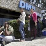 Ao todo, 387 mil indocumentados solicitaram durante os dois primeiros meses do programa, informou o estado, mas somente 131 mil receberam, informou o DMV