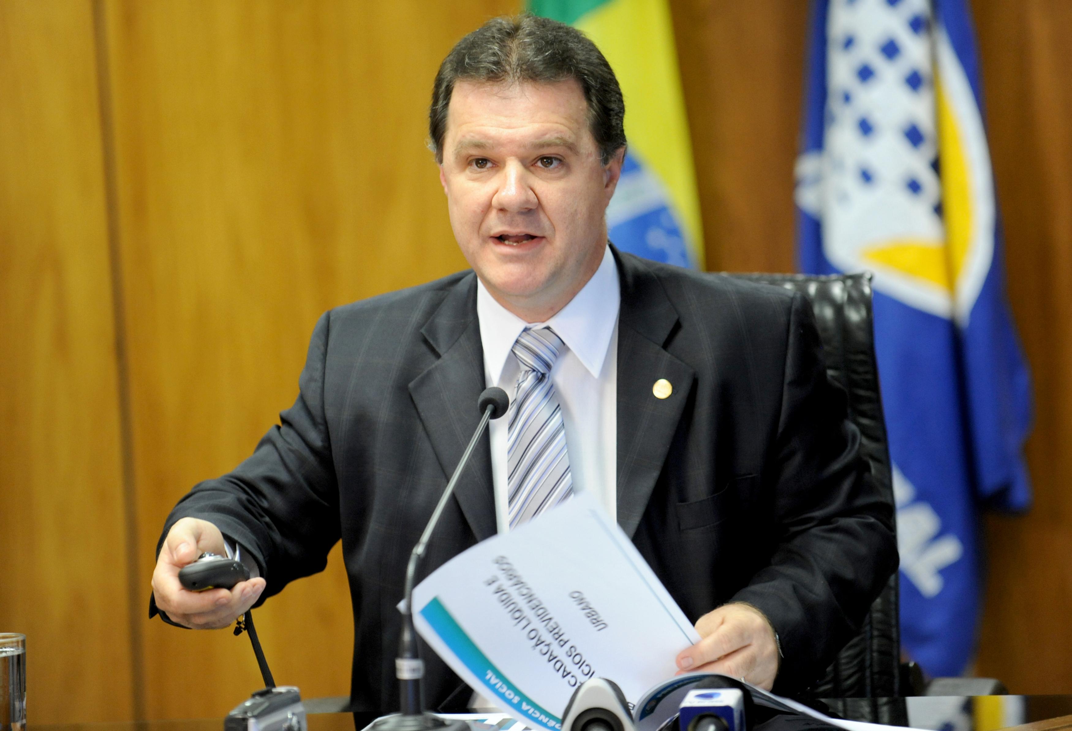Ministrodetalha acordo para aposentadoria entre Brasil e EUA