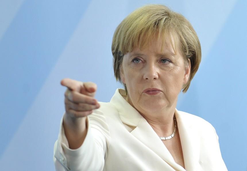 A chanceler alemã, Angela Merkel, durante discurso em Berlim - angela-merkelll