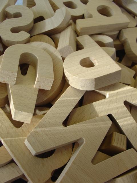 letras de madeira Noutras palavras