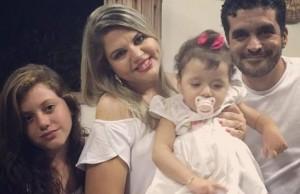 Foto3 Priscilla Anna Luiza e Humberto Bessa 300x194 Brasileirinha com síndrome rara finalmente consegue visto para se tratar nos EUA