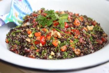 Salada de quinoa negra