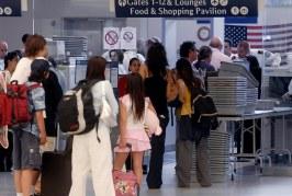 EUA quer expandir análises digitais e oculares nas fronteiras