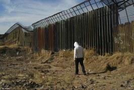 """Trump avalia formas de fazer México pagar pela """"cerca"""""""