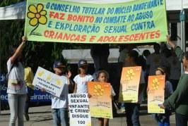 Foto11 Protesto contra exploracao sexual infantil 266x179 Home page