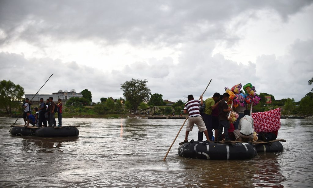 wp 1477342359514 1024x614 México luta contra a imigração ilegal em sua fronteira sul