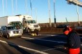 Ativistas pró-imigrantes fecham ponte George Washington