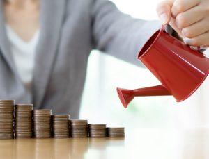 regar-poupanca-dinheiro-investimento-riqueza-milionario-economia-1474390385512_615x470