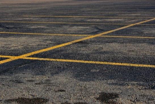 Agora com amplo estacionamento
