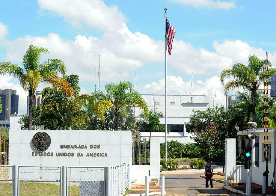 Foto14 Embaixada dos EUA em Brasilia DF Brasileiros entre 14 e 79 anos serão entrevistados para visto dos EUA