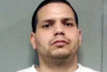 """Motorista """"fura"""" pedágio e polícia encontra drogas no veículo"""