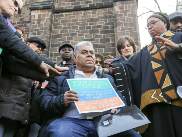 Foto1 Catalino Guerrero Protesto em Newark tenta impedir deportação de imigrante