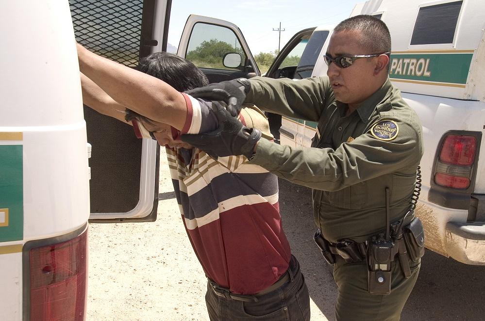 Foto13 Prisao CBP Número de imigrantes presos na fronteira cai 40%, após Trump