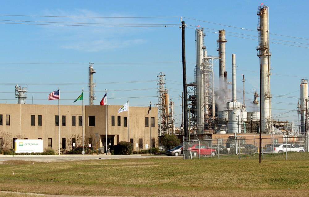 Foto3 Refinaria da Petrobras no Texas Brasil venderá refinaria no Texas