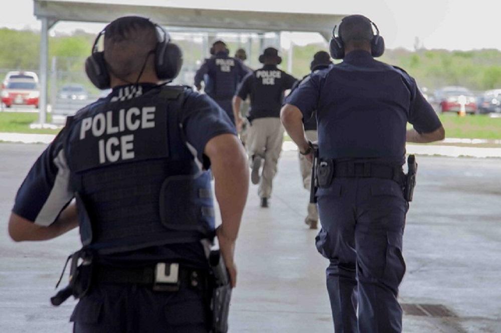 Foto5 Agente do ICE  Cresce em 150% prisões de indocumentados não criminosos