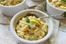 Salada de orzo com limão e orégano
