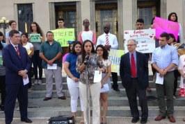 Foto2 Ativistas em Tennessee 266x179 Home page