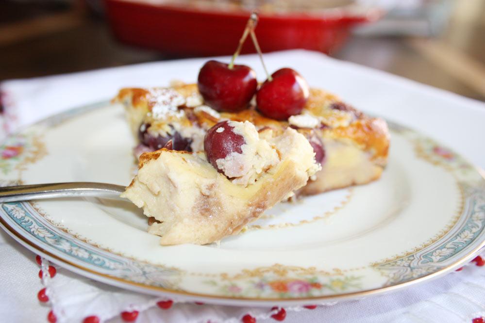 Clafoutis de cerejas com queijo ricota Clafoutis de cerejas com queijo ricota