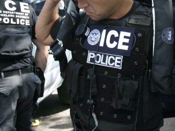 """Foto15 Agentes do ICE Não somente os """"bad hombres"""""""