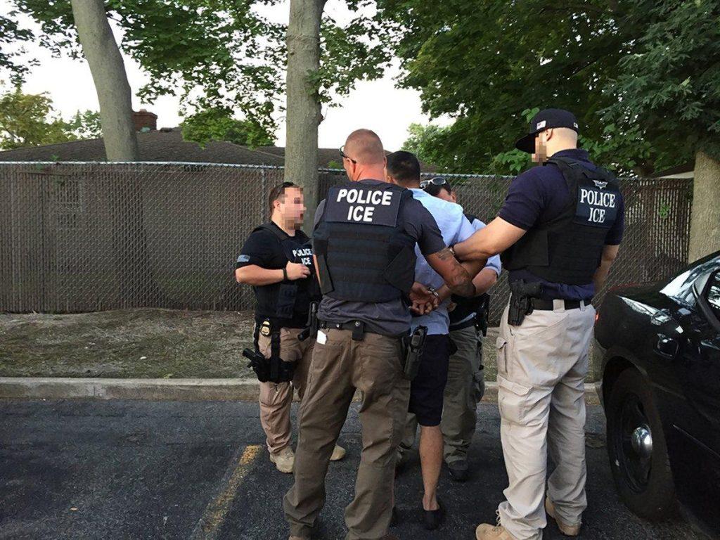 Foto1 prisao ICE 1024x768 ICE prende 32 estrangeiros condenados por abuso sexual