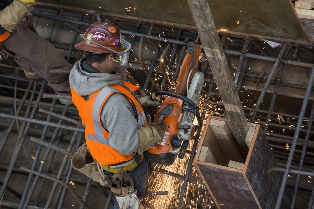 Foto10 Operario da Construcao Civil Plano migratório de Trump pode custar 4.6 milhões de empregos