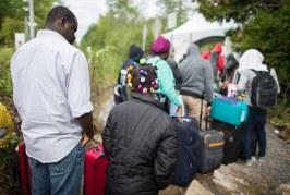 Foto10 Refugiados no Canada 002 266x179 Home page