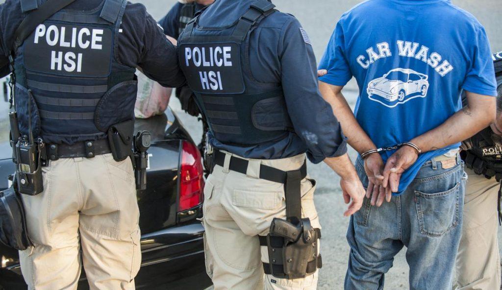 Foto15 Prisao ICE  1024x592 Proposta: Contato com gangues resultará em deportação