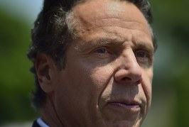 Foto22 Andrew Cuomo 266x179 Home page