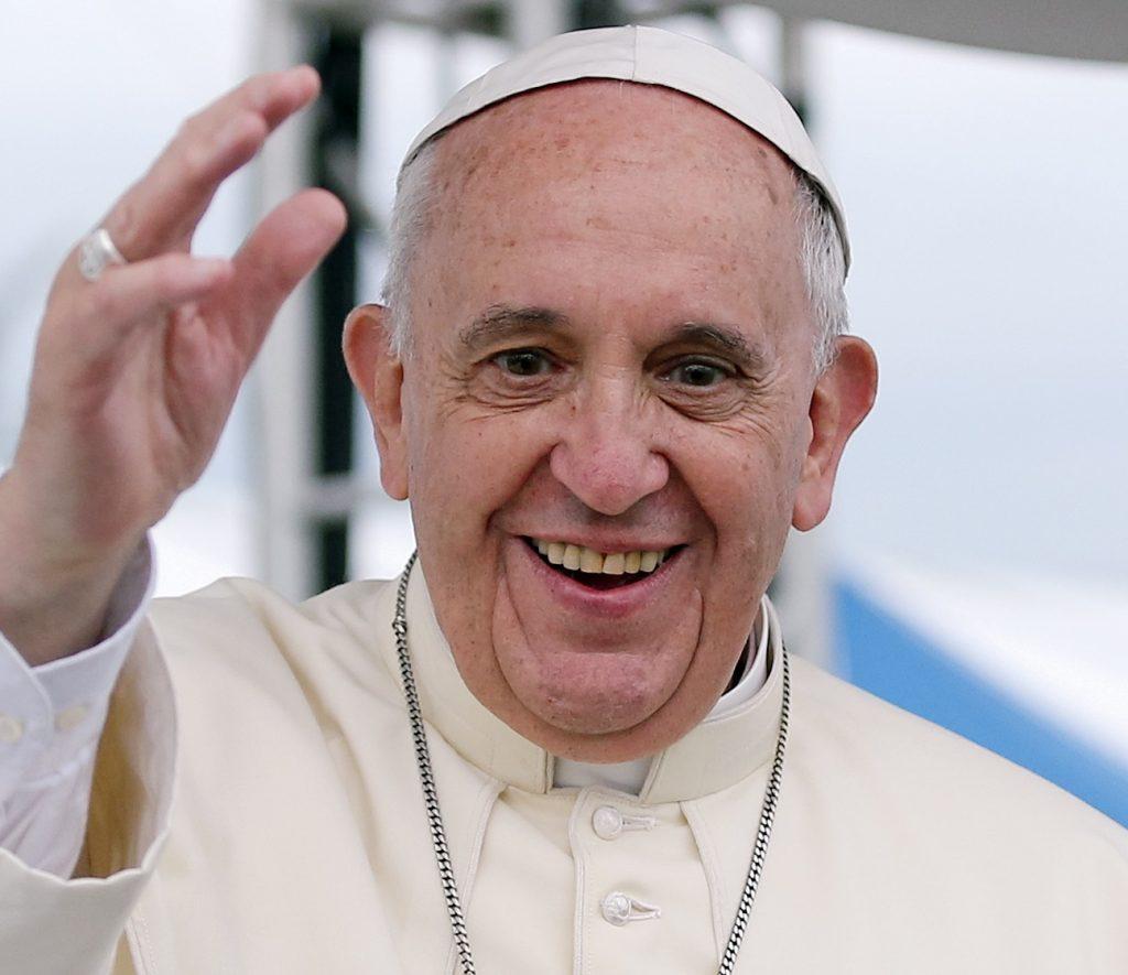 Foto28 Papa Francisco  1024x885 Papa pede à Igreja para defender os direitos dos imigrantes