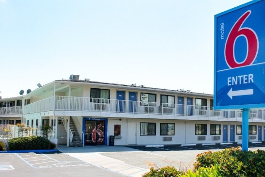 Motel 6 proíbe funcionários de contatar o ICE
