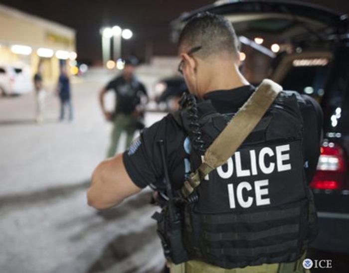 Foto19 Agentes do ICE Brasileiro preso por dirigir sem carteira luta contra a deportação
