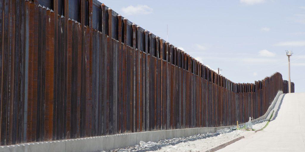 """frontera 1024x512 Trump quer muro na fronteira em troca de acordo dos """"Dreamers"""""""