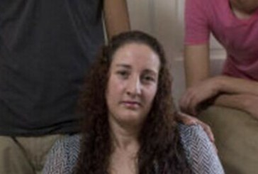 Brasileira enfrenta deportação após ser parada por luz de freio
