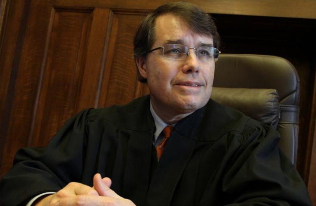 Foto6 William E. Smith 1024x668 Brasileiro pega 19 anos de prisão por sexo com menor