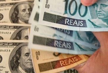 Dólar pula e vai a R$ 3,28