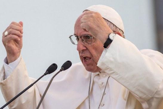 Papa apoia imigrantes de todo o mundo durante sermão de Natal