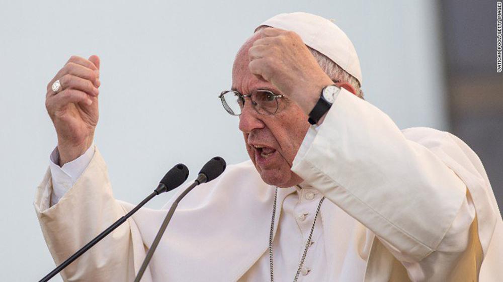 Foto13 Papa Francisco  Papa apoia imigrantes de todo o mundo durante sermão de Natal